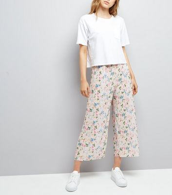 Shell Pink Floral Print Plisse Cropped Trousers
