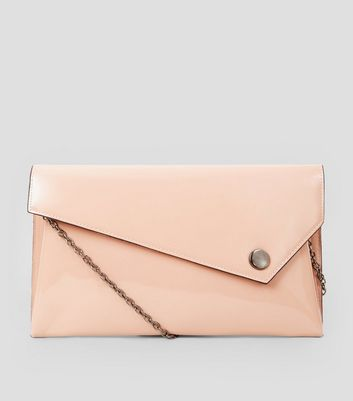 Shell Pink Patent Clutch