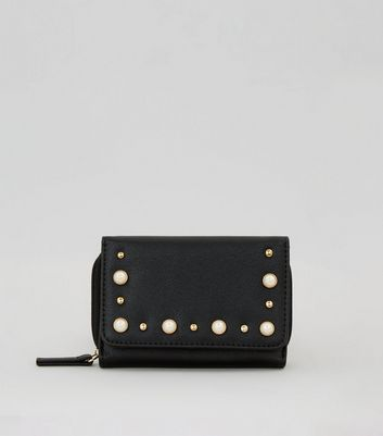 Black Pearl Embellished Purse