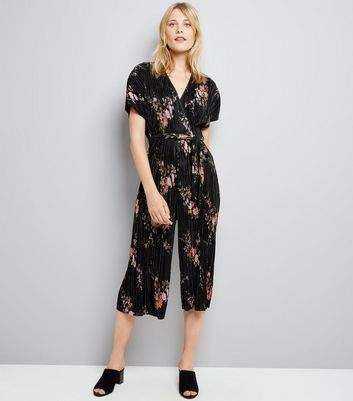 Black Floral Print Pleated Wrap Front Jumpsuit