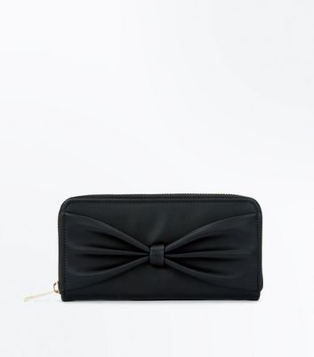 Black Bow Zip Around Purse