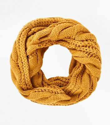 Yellow Cable Knit Snood
