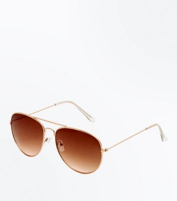 Gold Ombre Lens Aviator Style Sunglasses