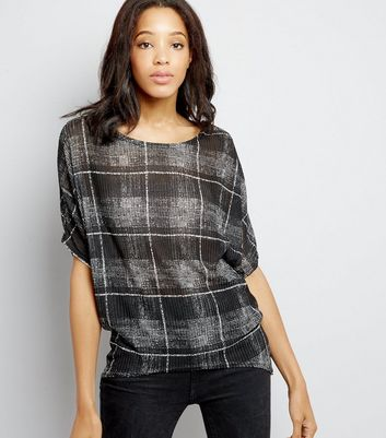 Black Check Batwing Sleeve Top