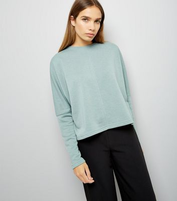 Green Batwing Sleeve Sweater