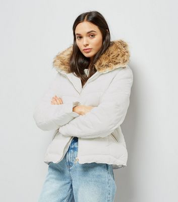Parisian White Faux Fur Trim Puffer Jacket