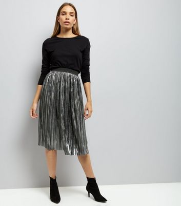Mela Dark Grey Metallic Pleated Midi Skirt