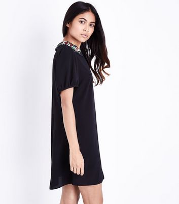 Petite Black Floral Embroidered Collar Dress