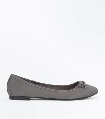 Wide Fit Grey Ribbed Ballet Pumps