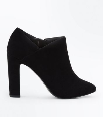 Black Comfort Flex Wrap Side Shoe Boots