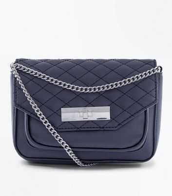 Black Quilt Chain Shoulder Bag