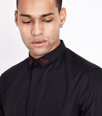 Black Rose Embroidered Collar Shirt