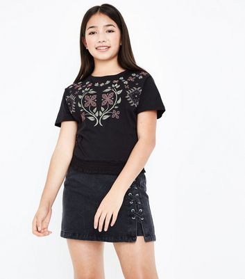 Teens Black Embroidered Shirred Hem T-Shirt