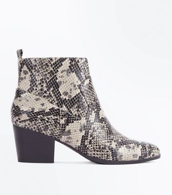 Black Faux Snakeskin Heeled Western Ankle Boots