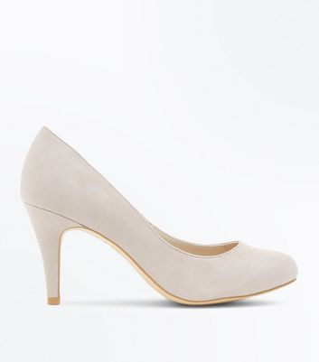 Wide Fit Grey Suedette Round Toe Courts