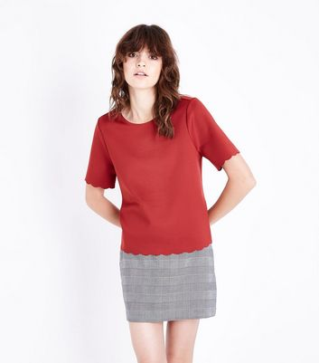 Rust Scallop Hem T-Shirt