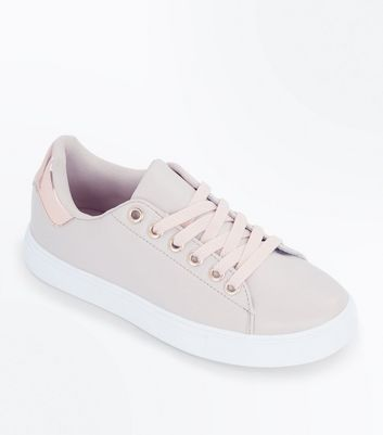 Teens Cream Metallic Back Panel Trainers