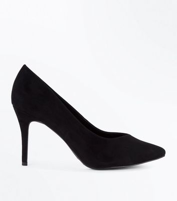 Black Sweetheart Pointed Court Shoes