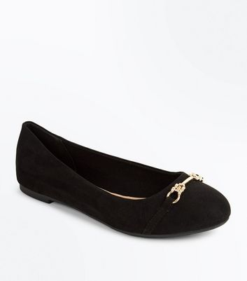 Black Suedette Bar Front Round Toe Pumps