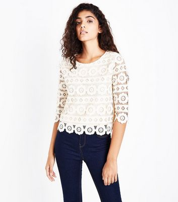 Cream Crochet Lace 3/4 Sleeve Top
