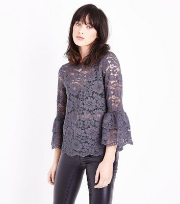 Grey Floral Lace Tiered Sleeve Top