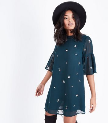 Petite Green Floral Embroidered Bell Sleeve Dress