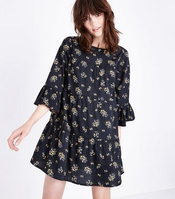 Black Floral Print Bell Sleeve Smock Dress