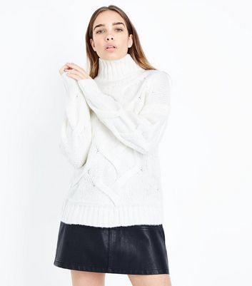 Cameo Rose White Textured Knit Turtle Neck Jumper