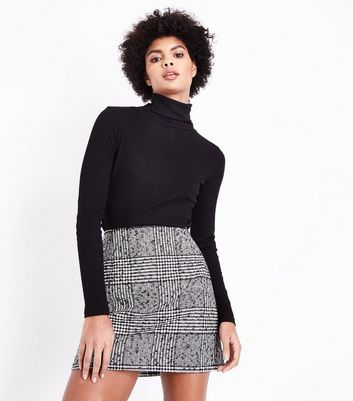 Black Flecked Prince of Wales Check Mini Skirt