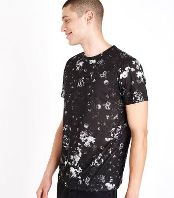 Black Rose Print T-Shirt