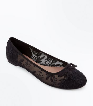 Black Sheer Lace Bow Ballet Pumps