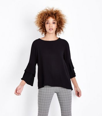 Mela Tiered Sleeve Top by New Look