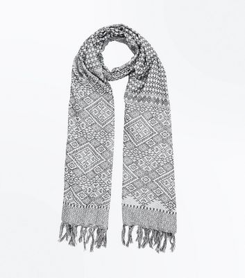 Grey Geometric Fringed Scarf