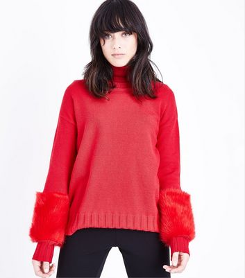 Cameo Rose Red Faux Fur Sleeve Jumper