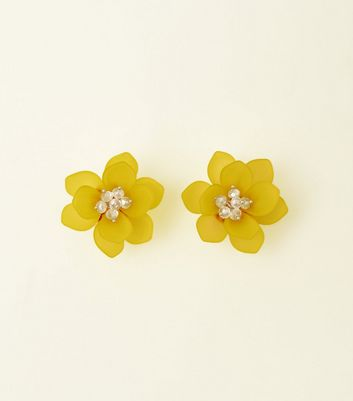 Yellow Sequin Flower Stud Earrings
