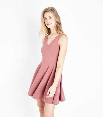 Pink Scallop V Neck Sleeveless Skater Dress