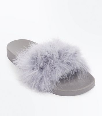 Grey Feather Strap Sliders