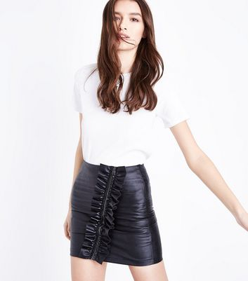 Cameo Rose Black Frill Zip Leather-Look Mini Skirt