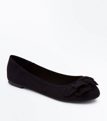 Wide Fit Black Suedette Frill Front Ballerina Pumps