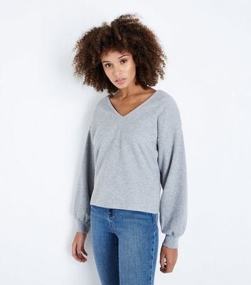Grey Fine Knit V Neck Balloon Sleeve Top