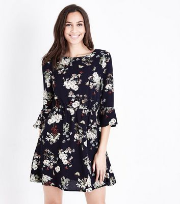 AX Paris Blue Floral 3/4 Sleeve Dress