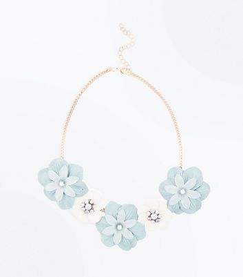 Mint Green Floral Necklace