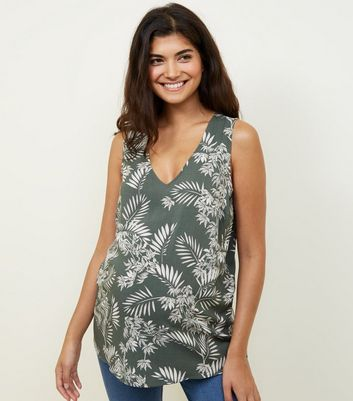 Maternity Green Palm Leaf Print Sleeveless Top