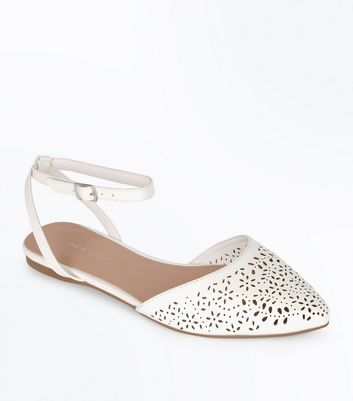 White Leather-Look Floral Cut Out Pointed Pumps
