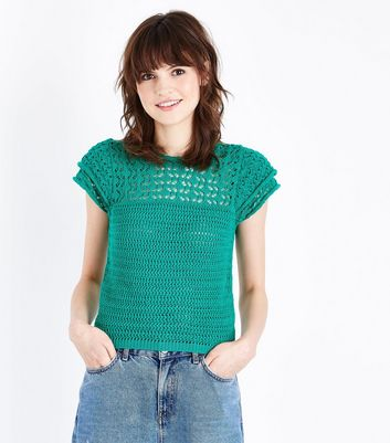 Green Crochet Tiered Sleeve T-Shirt