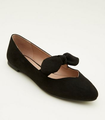 Girls Black Suedette Bow Front Ballet Pumps