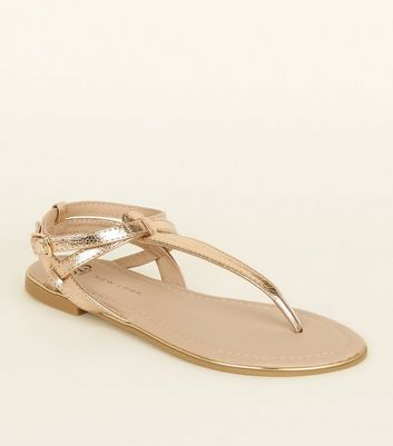 Girls Gold Toe Post Cross Strap Sandals