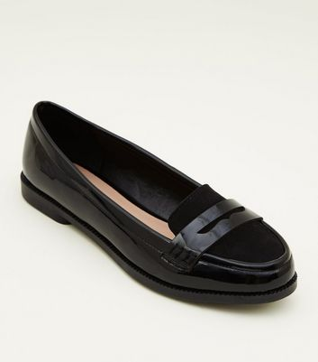 Girls Black Patent Suedette Trim Loafers