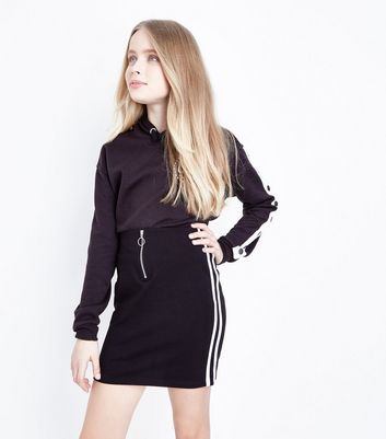 Girls Black Side Stripe Ring Zip Skirt