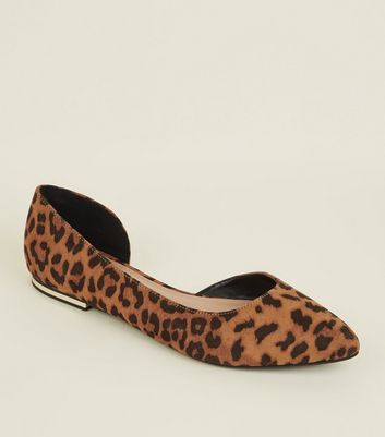 Brown Leopard Print Cut Out Side Pumps